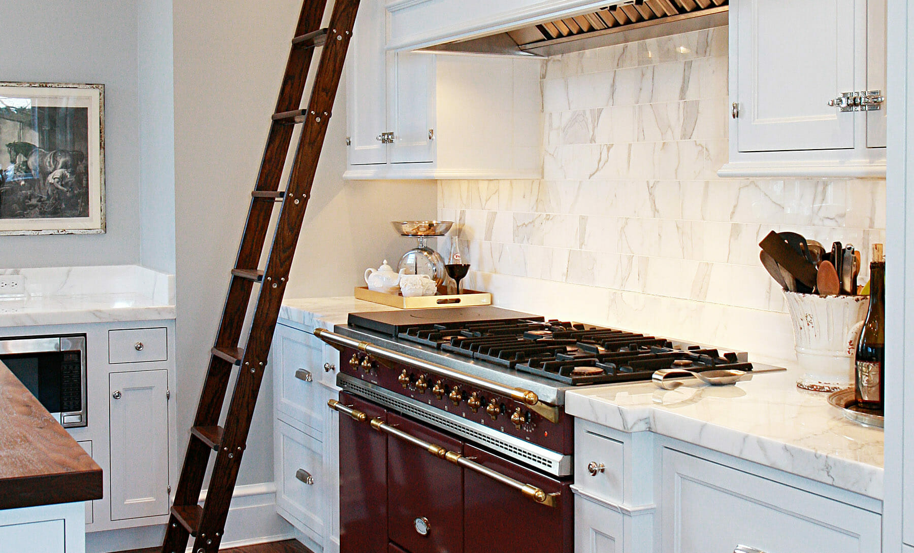 GME Builders in Charlottesville, VA remodels and designs kitchens in house all across Albemarle County.